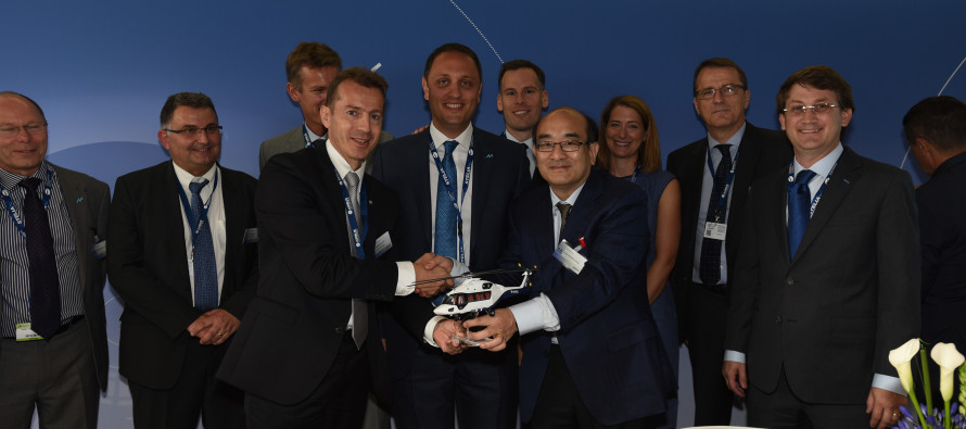 Milestone signs for 28 H175 helicopters